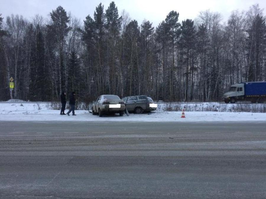 ГИБДД: сводка происшествий на территории Свердловской области 12 февраля 2018 года