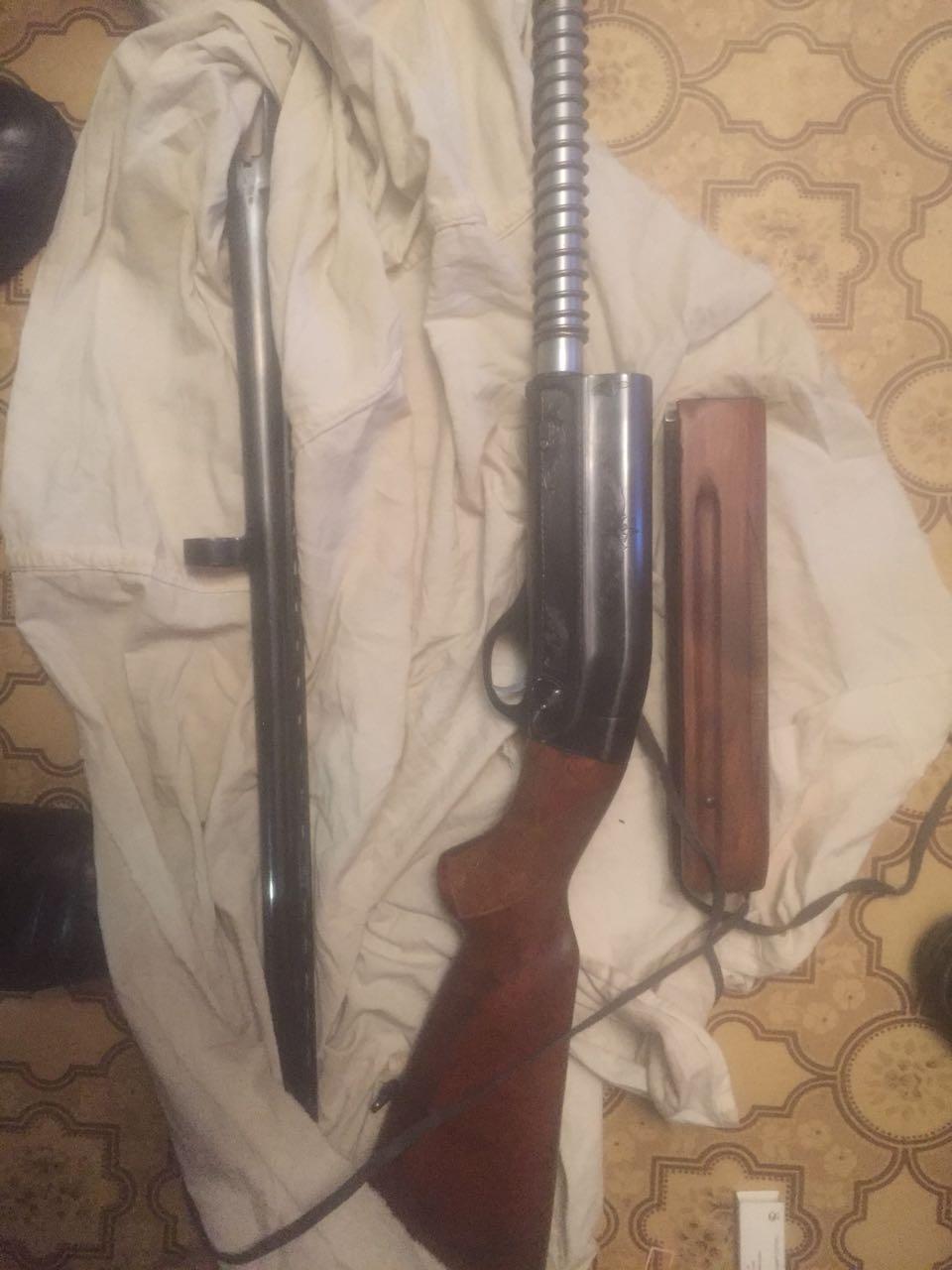 В квартире на Эльмаше нашли нелегальный арсенал