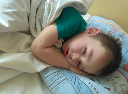 В Екатеринбурге ищут родителей найденного на улице мальчика (ФОТО)