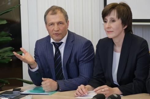 Демаршу свердловских единороссов дадут оценку в Москве