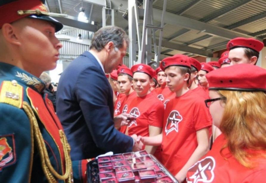 Молодых тагильчан принял в ряды «Юнармии» заместитель Шойгу