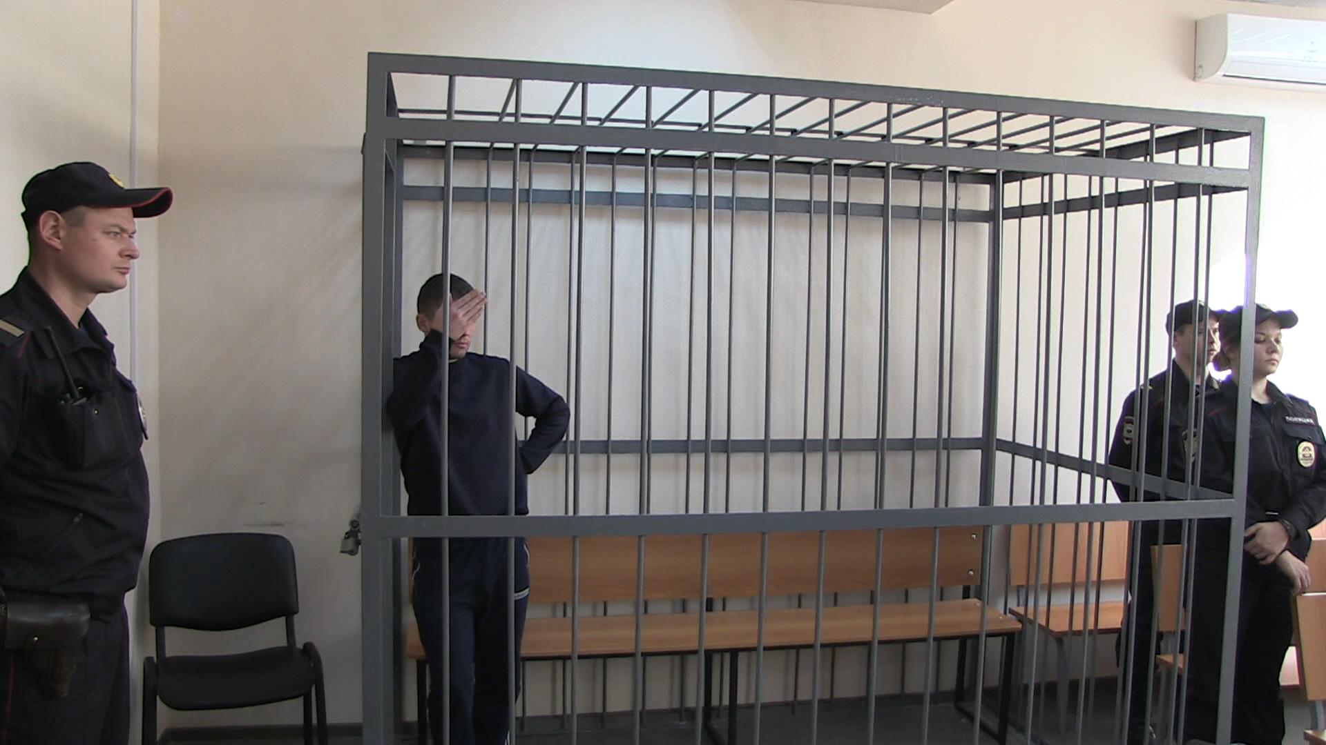 Украли велосипеды, аккумуляторы и мороженое: в Екатеринбурге осудили преступную группу