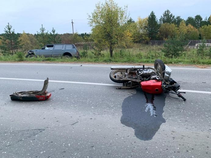 В Свердловской области на трассе погиб мотоциклист